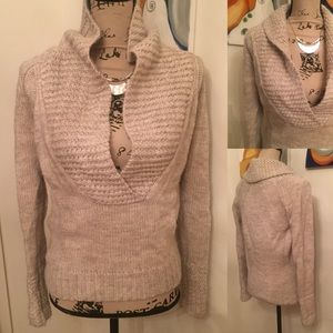 Sweaters - Ann Taylor pullover sweater